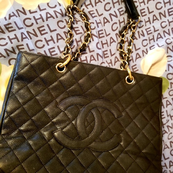 CHANEL Handbags - CHANEL Large Tote